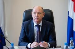 Александр Костенко: Пункты пропуска в Приморье должны выпустить большегрузы до 1 июня