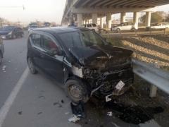 Госавтоинспекция Артема проводит проверку по факту ДТП, в результате которого пострадала девушка-водитель