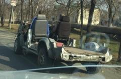 Ранен, но не убит: приморцы обсуждают «классный кабриолет» на городских улицах