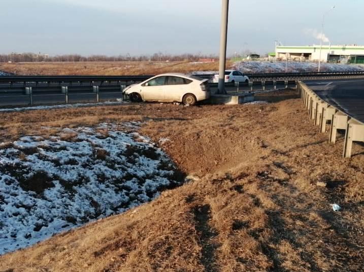 Госавтоинспекция Артема привлекла к ответственности водителя, совершившего ДТП в районе Приморского кольца