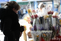 В Артёме организованы площадки для продажи цветов
